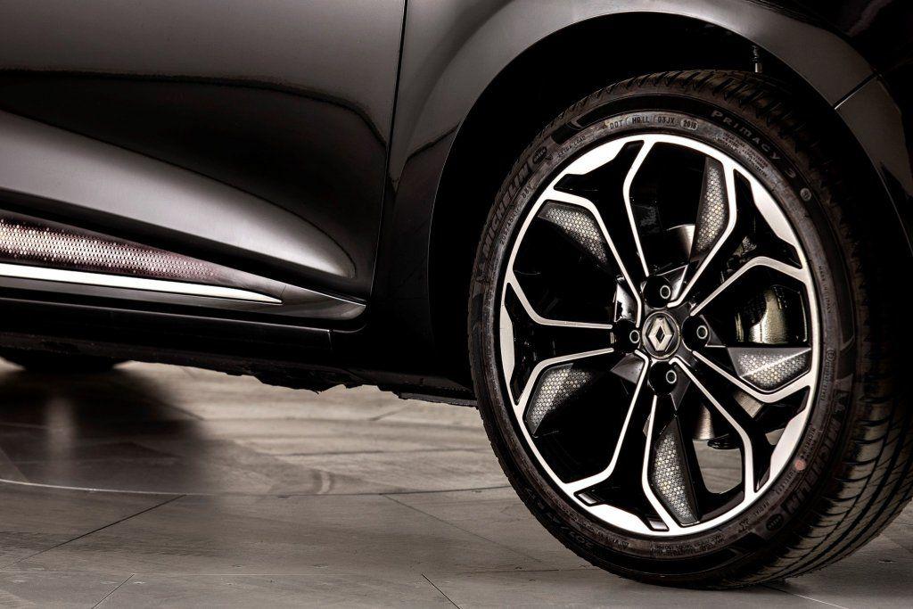 Nuova Renault Clio Pronta Ad Inizio 2019 Anche Micro Ibrida