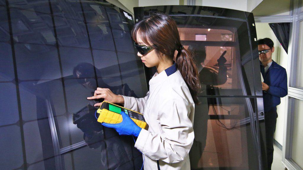 Hyundai e Kia, pannelli solari sul tetto delle auto dal 2019