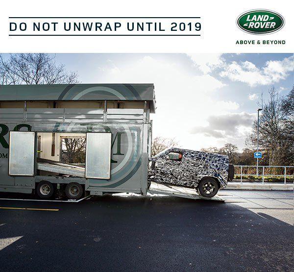 Nuova Land Rover Defender, foto e prime informazioni