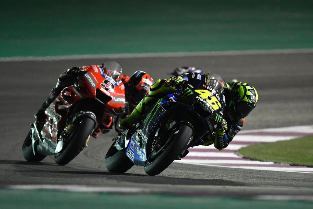 Valentino Rossi demolisce la Yamaha preoccupato per la stagione