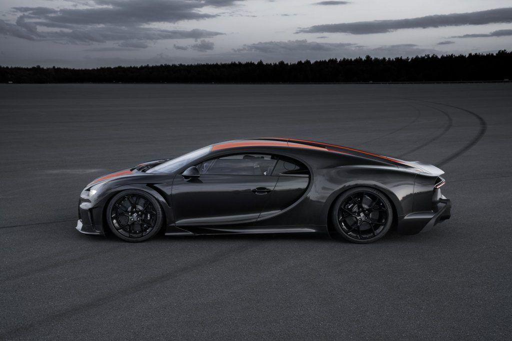 Bugatti Chiron, supera i 490 km/h ed è l'auto più veloce del mondo