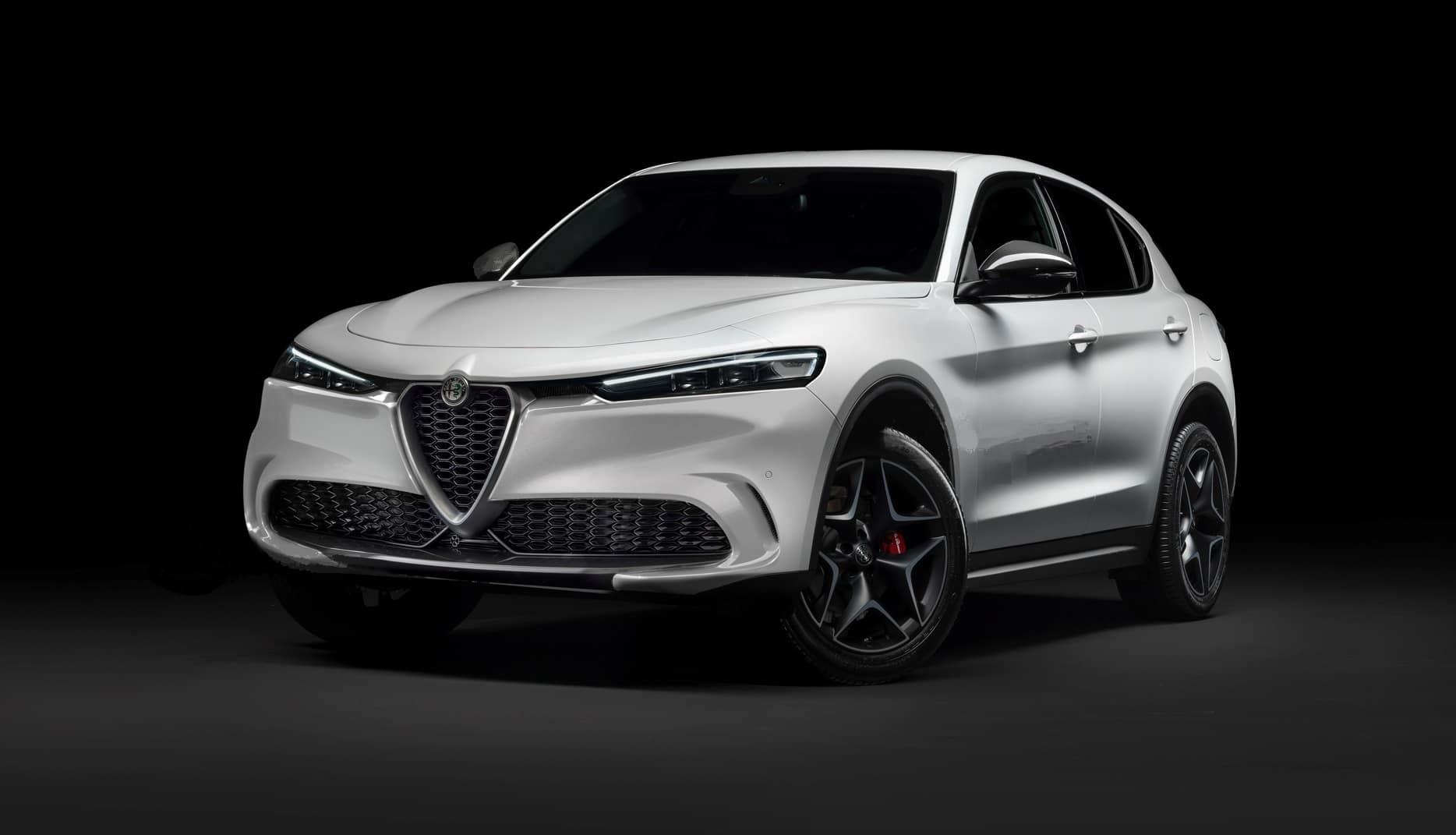 Nuova Alfa Romeo Stelvio 2022 prime info sul restyling